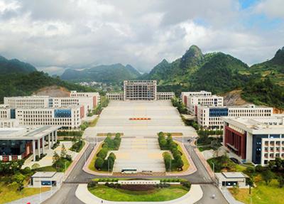 学校全景图.png