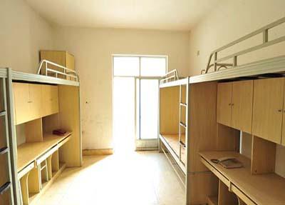 明亮的寝室