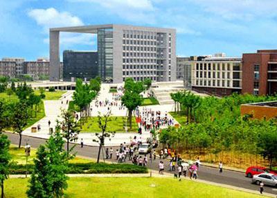 学校风景.jpg