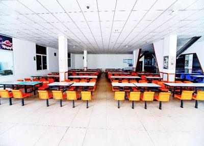 食堂环境.jpg