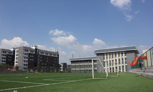 青岛胶南市电子学校2020年录取分数线