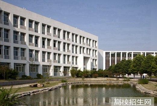 四川省江安县职业技术学校图片
