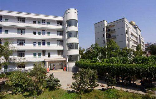 北京市花园路职业高中