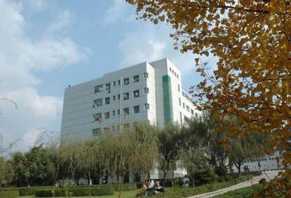 绵阳工业技师学院图片
