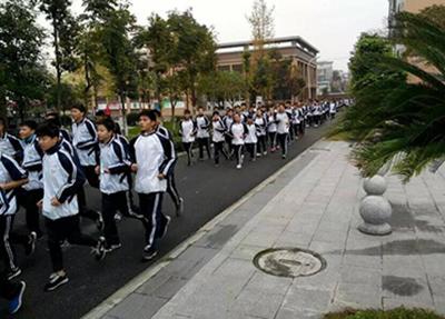 郫县友爱职业技术学校