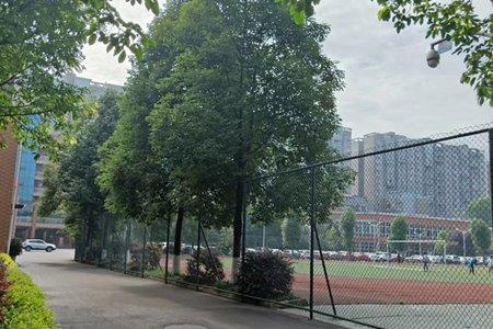 重庆两江新区职教中心地址在哪里?