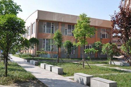 重庆两江新区职教中心环境怎么样?