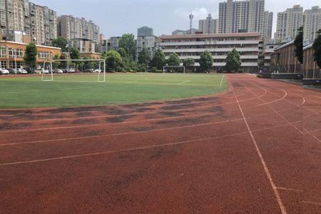 四川省资中县双龙职业中学学费是多少?